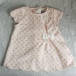 🦋3/$30🦋Tahari Baby Pink and Gold Scalloped Dress